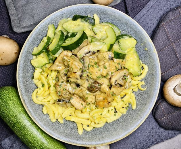 Geschnetzeltes mit Spätzle und Zucchini